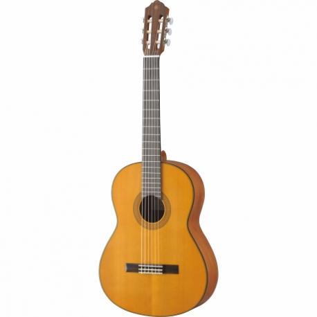 Guitarra Acústica YAMAHA Clásica tapa sólida de cedro, acabado mate  GCG122MC - Envío Gratuito